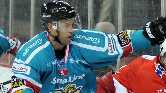 Belfast Giants Evan Cheverie