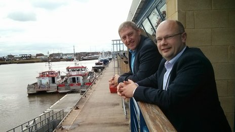 Chris Holden and Jason Longhurst at Grimsby Docks