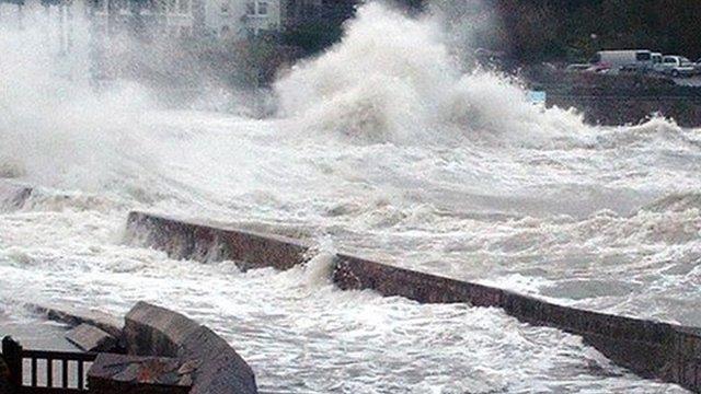 Cornwall waves