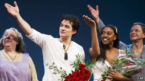 Orlando Bloom with Romeo and Juliet cast