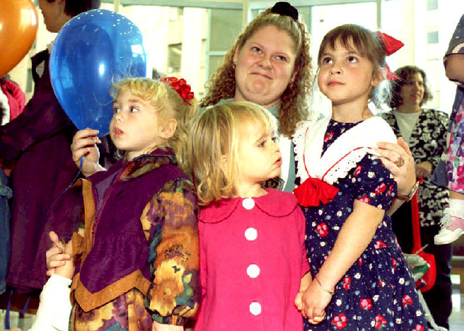 "Louise Brown and other children who were ""test tube babies"" in 1993"
