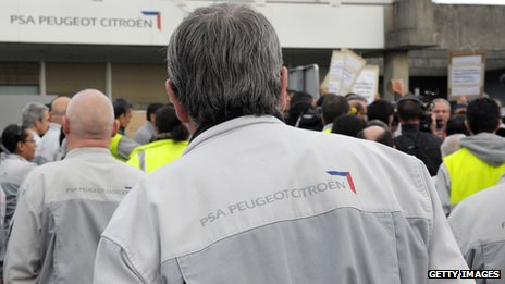 Workers at Aulnay plant