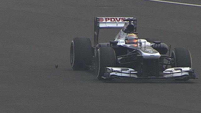 Maldonado loses wheel nut in India practice