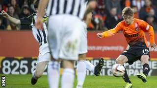 Ryan Gauld scores for Dundee United against St Mirren