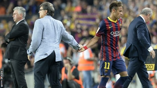 Barcelona manager Gerardo Martino and Neymar