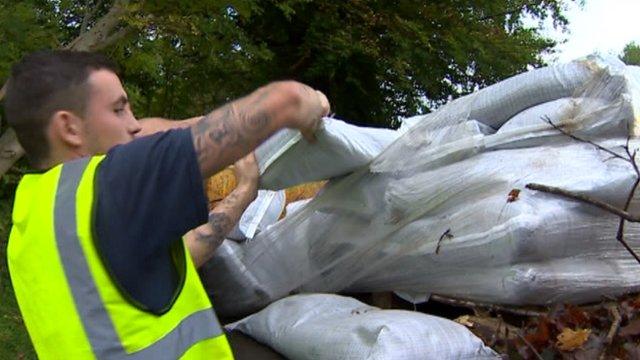 Rhondda Cynon Taf council workmen