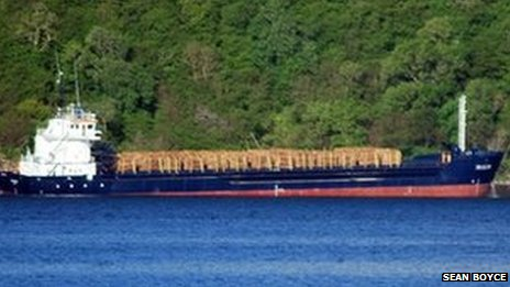 Fri Ocean cargo ship aground off Mull