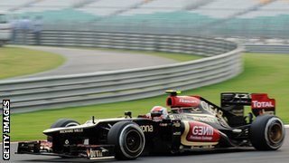Romain Grosjean driving during the Indian Grand Prix