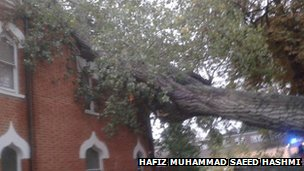 Damage to Shah Jahan Mosque