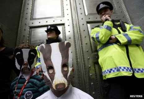 Protesters outside Defra