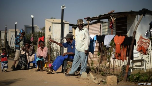 Residents of Diepsloot (file photo)