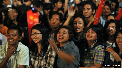 Burmese music fans at the MTV Exit event in Rangoon in 2012