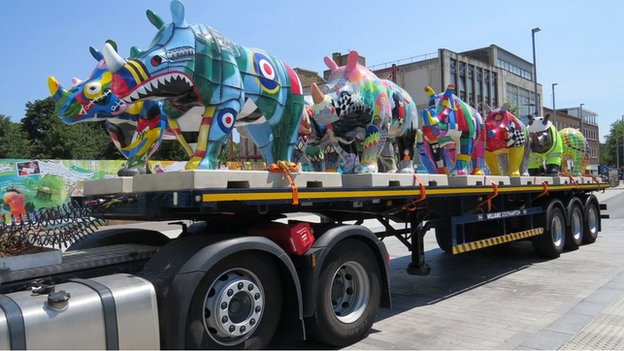 Rhinos on a lorry