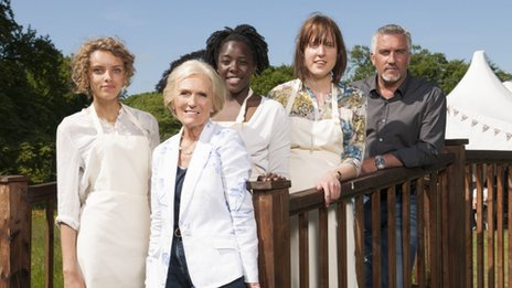 Ruby Tandoh, Mary Berry, Kimberley Wilson, Frances Quinn and Paul Hollywood