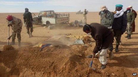 撒哈拉沙漠移民幸存者:我埋葬了我的家人