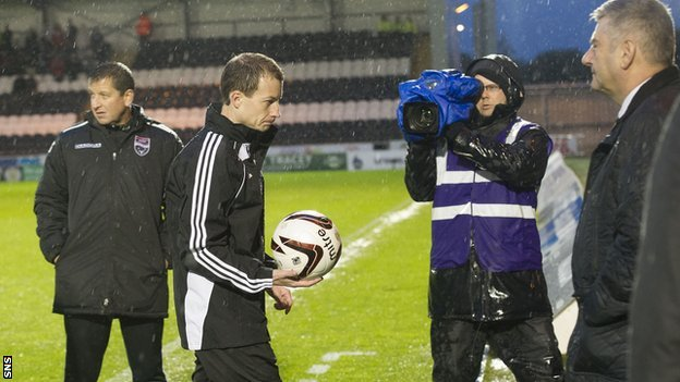 Referee Willie Collum