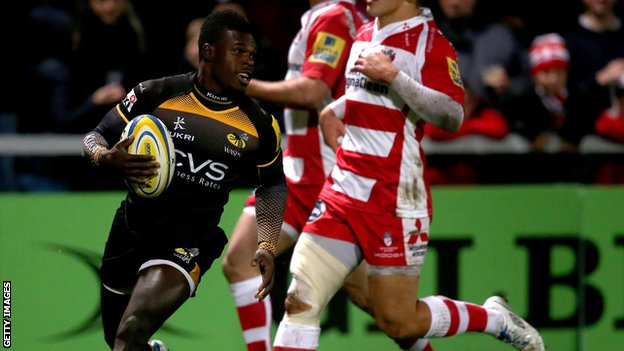 Christian Wade scores against Gloucester.