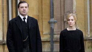 Joanne Froggatt with Brendan Coyle in Downton Abbey