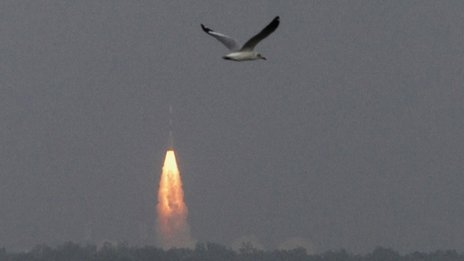 India's Mars mission has received a cautious welcome in China