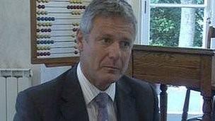 Mario Lundy
