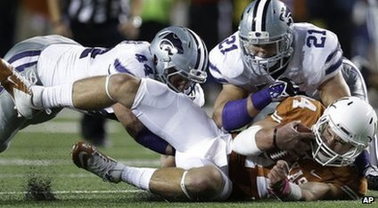 Texas and Kansas State in NCAA college football game.