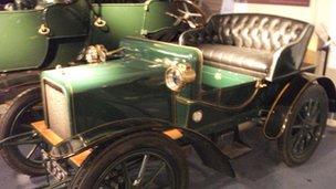 A 1904 Rover
