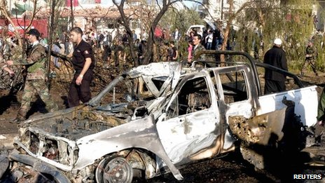 Aftermath of bombing in Suweida, Syria (6 Nov 2013)