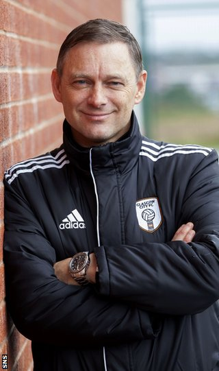 Glasgow coach Eddie Wolecki Black