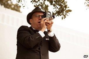 Paul Giamatti as Abraham Zapruder