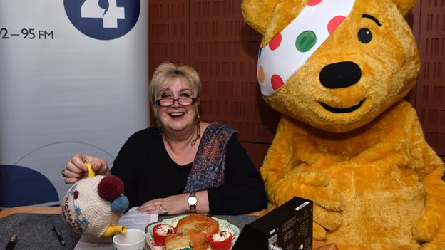 Jenni Murray and Pudsey bear