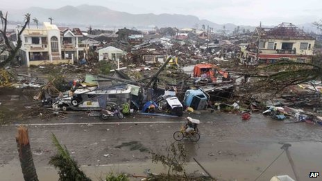 Scene of devastation in Tacloban - 10