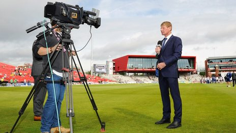Sky Sports presenter Tim Abraham talks to camera during day one of the 3rd Investec Ashes Test match between England and Australia