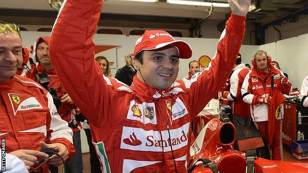 Felipe Massa says goodbye to his Ferrari team-mates