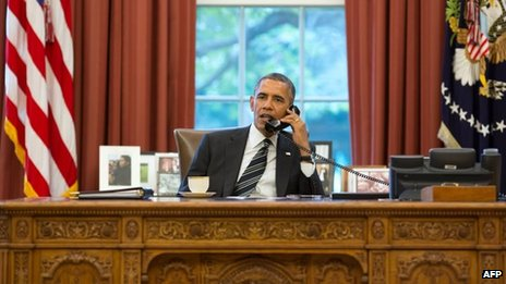 US President Barack Obama speaks with Iranian President Hassan Rouhani on the telephone (28 September 2013)