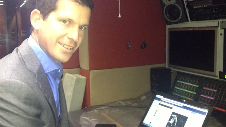 Tim Henman answering questions on Facebook