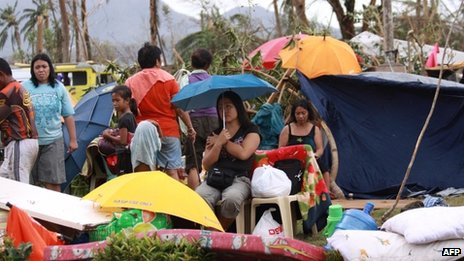 Survivors of Typhoon Haiyan in Tacloban city