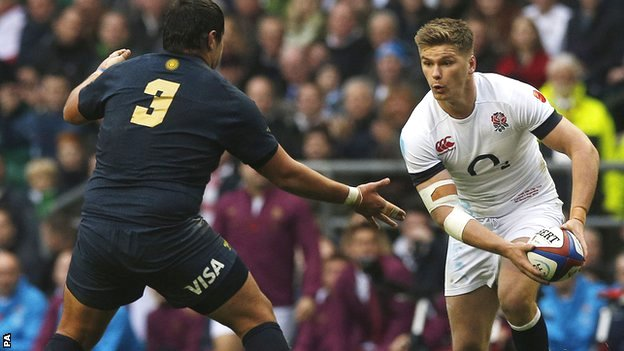 England's Owen Farrell (right) in action against Argentina