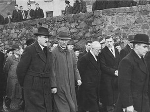 Mourners at Eamon Donnelly's funeral in Newry in 1944