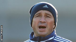 Dan Petrescu played for Sheffield Wednesday, Chelsea, Bradford and Southampton in England