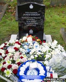 PC James Gordon's headstone