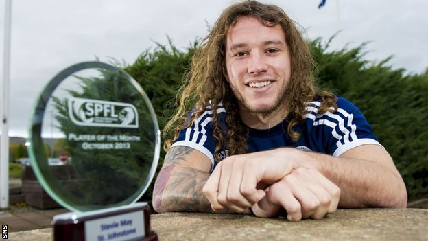 http://news.bbcimg.co.uk/media/images/71112000/jpg/_71112166_stevie_may.jpg