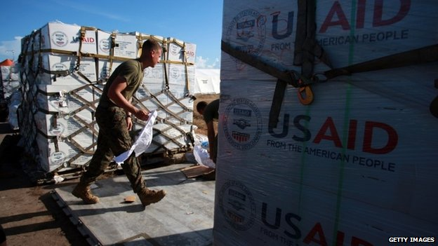 US troops preparing relief supplies for survivors of the Philippines typhoon, Tacloban 14 November 2013