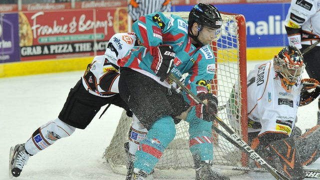 Mark Garside in action for the Belfast Giants