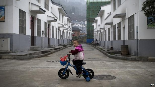 Child in Qiyan, Shaanxi province, China (5 November)