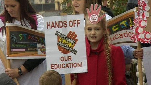 Young demonstrator in RCT