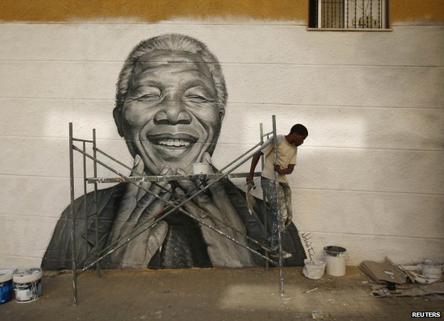A street portrait of Nelson Mandela in Lisbon, Portugal, June 2013