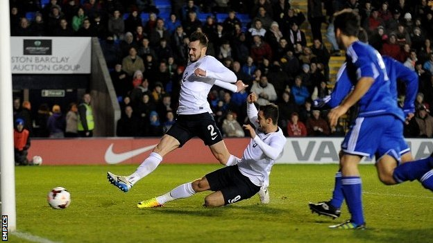 Danny Ings grabs his second