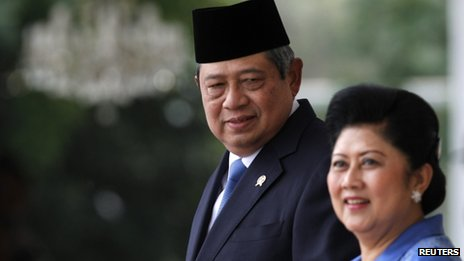 File photo: Indonesia's President Susilo Bambang Yudhoyono and his wife Ani Yudhoyono