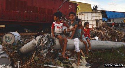Children in Tacloban