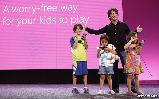 Joe Belfiore and children